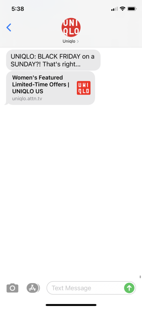 Uniqlo Text Message Marketing Example - 11.22.2020.PNG